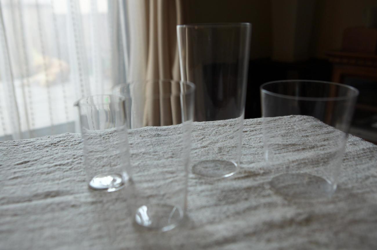 グラス×3 ミルクピッチャー(左端)