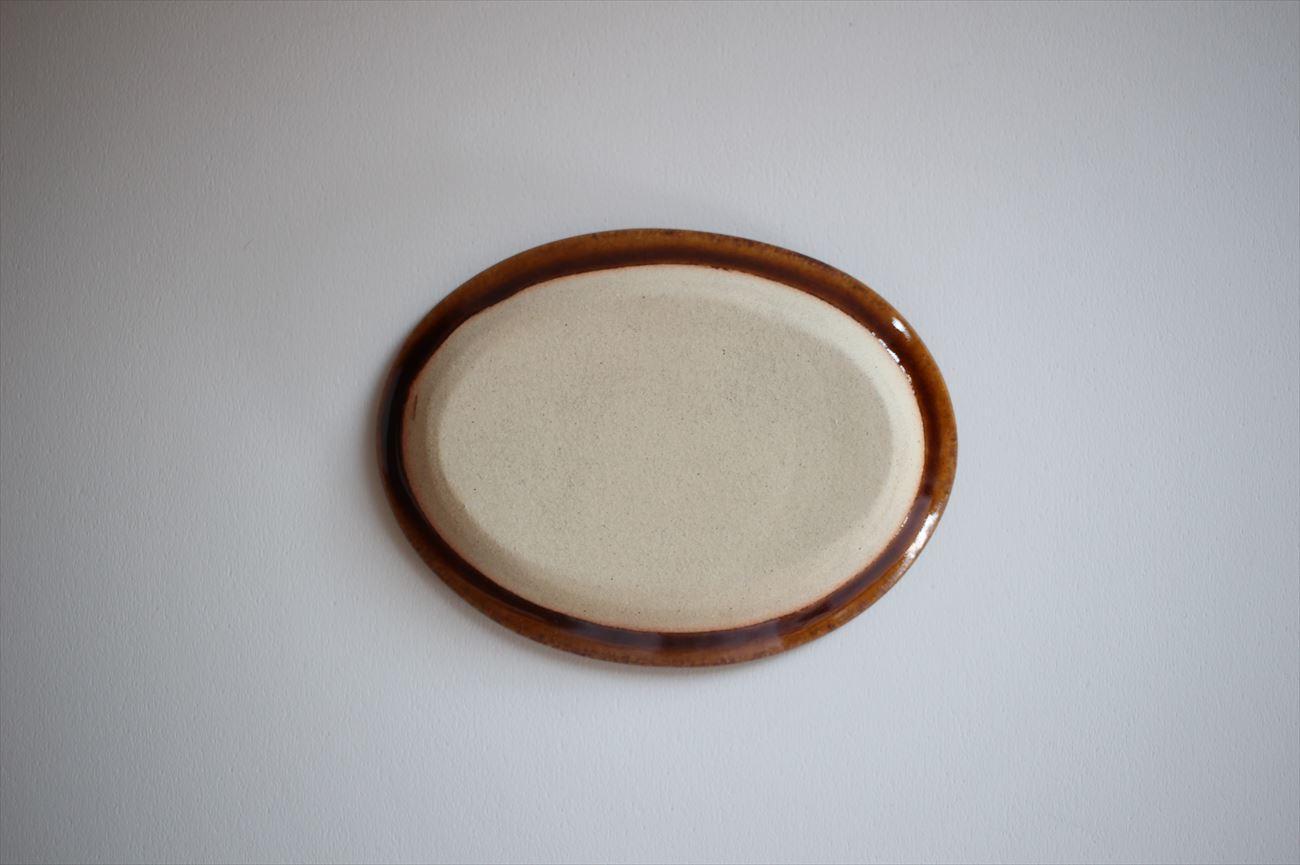 楕円皿 小 縁イッチン模様 飴色
