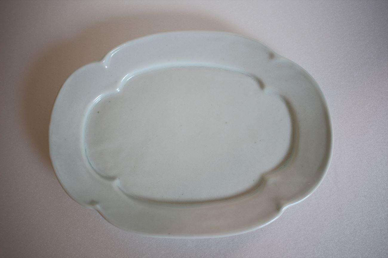 乳白釉木瓜板皿