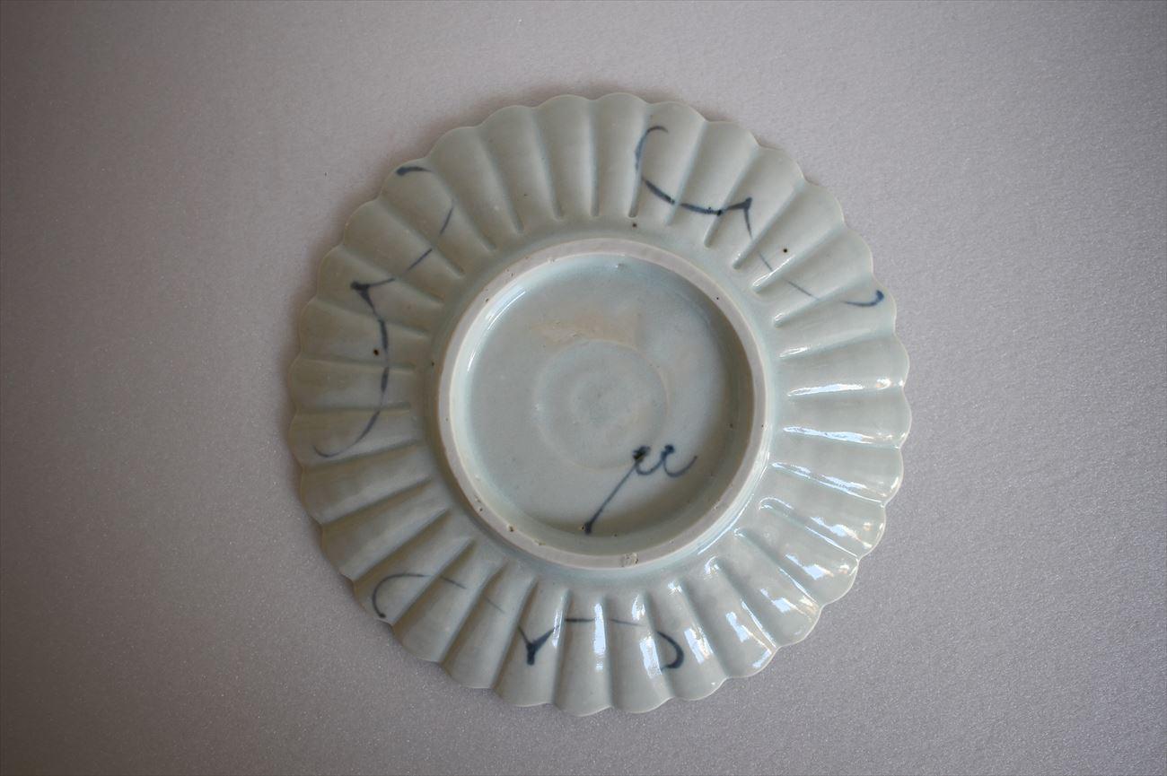 染付八重花文菊割五寸皿