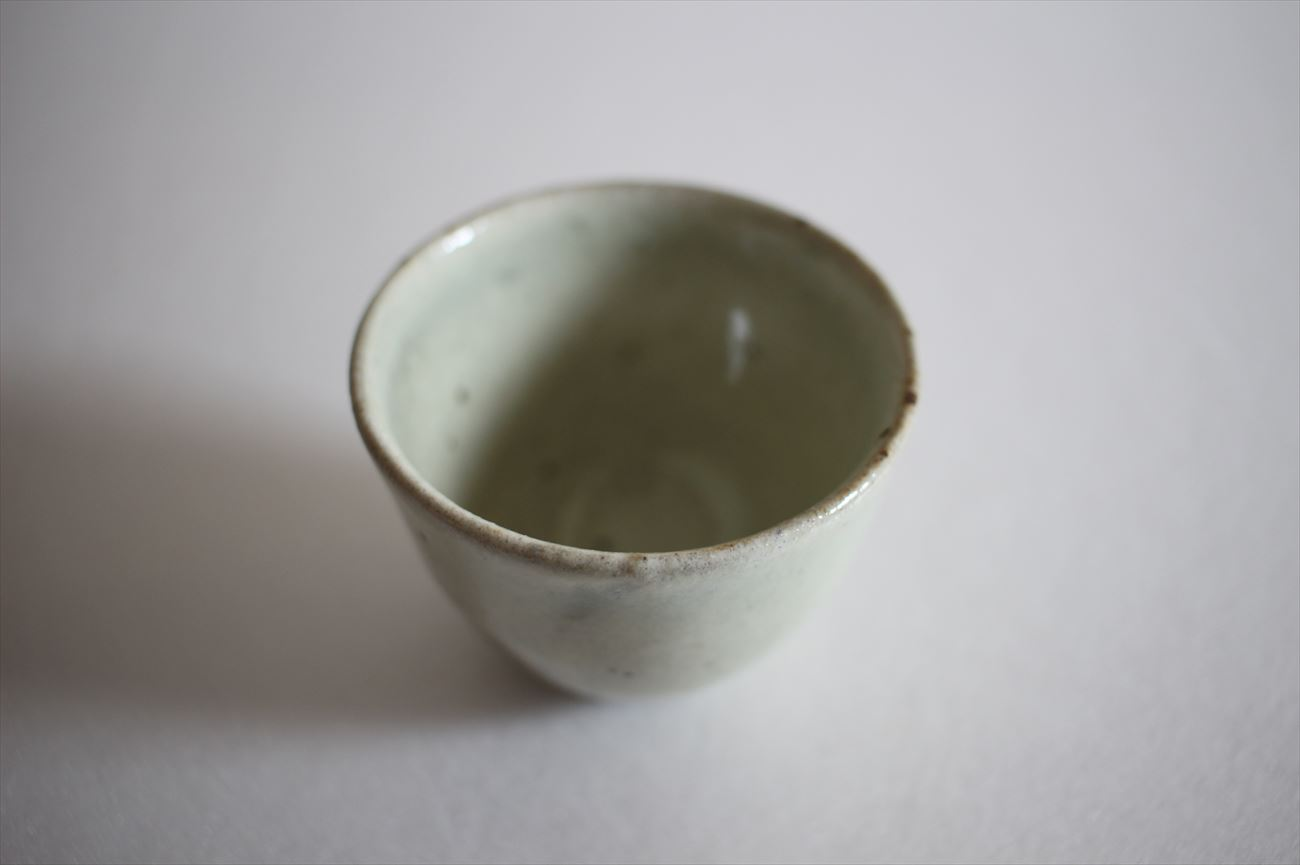 もみ灰釉茶杯