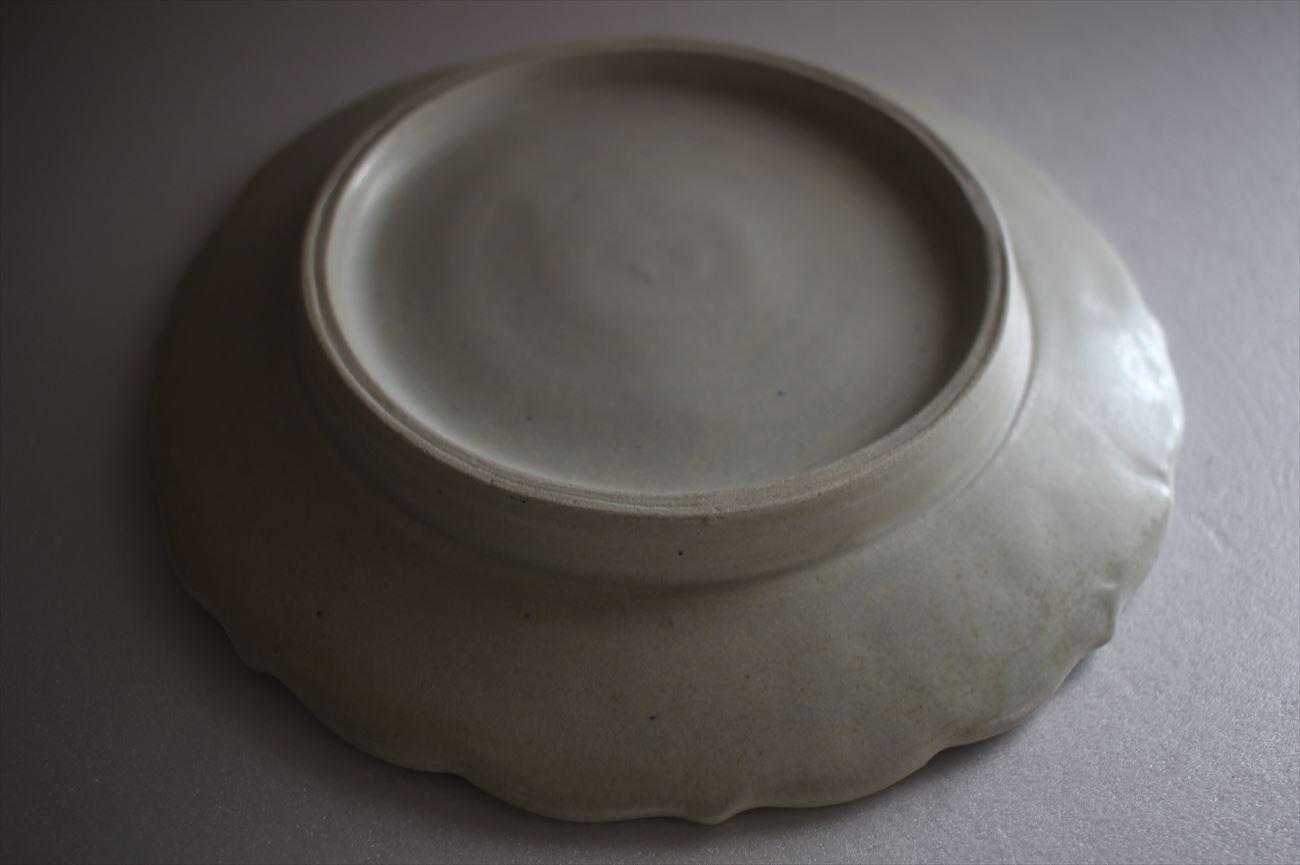 陽刻皿 青瓷